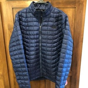 THE NORTH FACE THERMOBALL, NWT, MENS M